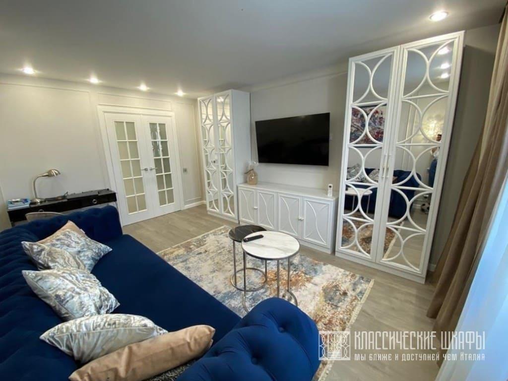 Классические шкафы с тумбой под ТВ в гостиную