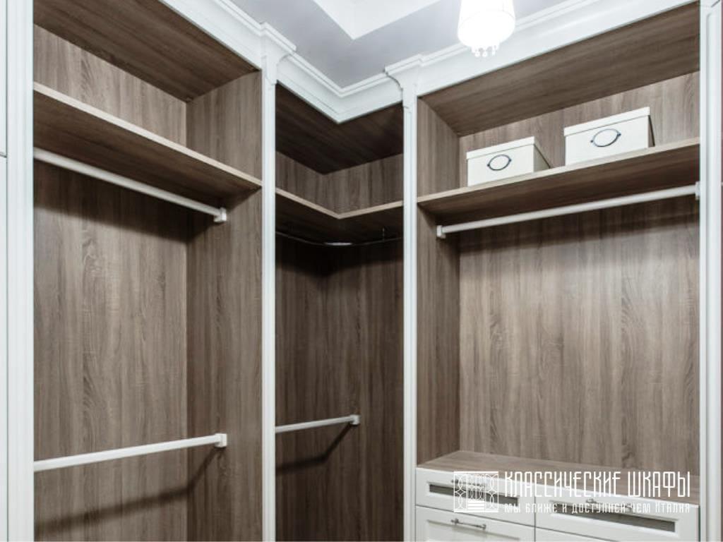 Классические шкафы в гардеробную буквой П