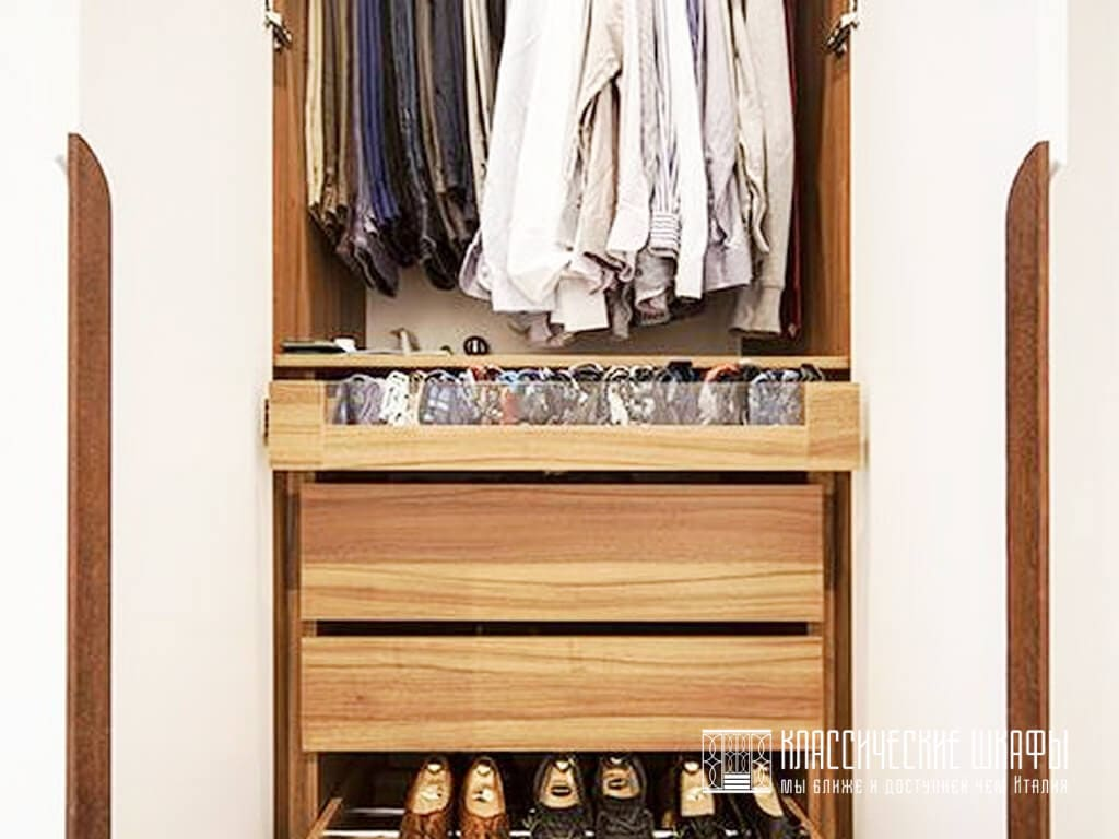 Классический шкаф в прихожую МДФ эмаль