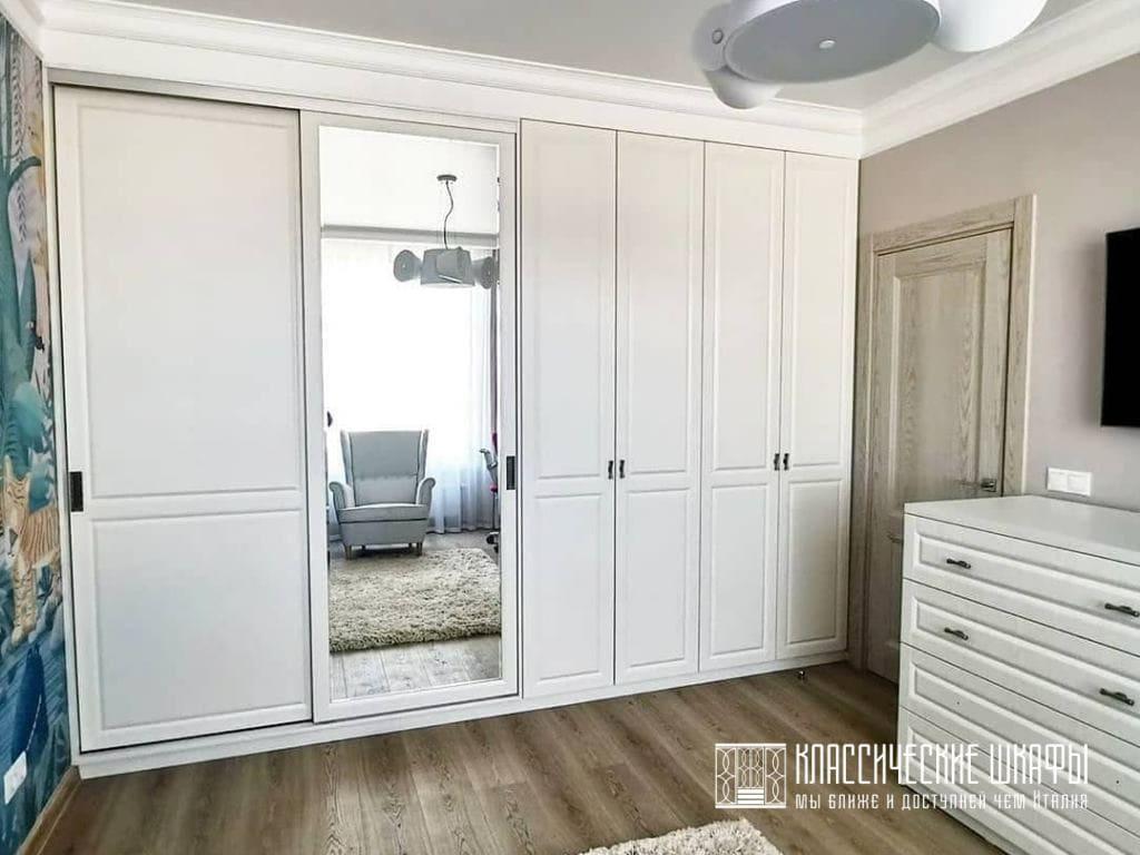 Мебель для комнаты в классическом стиле