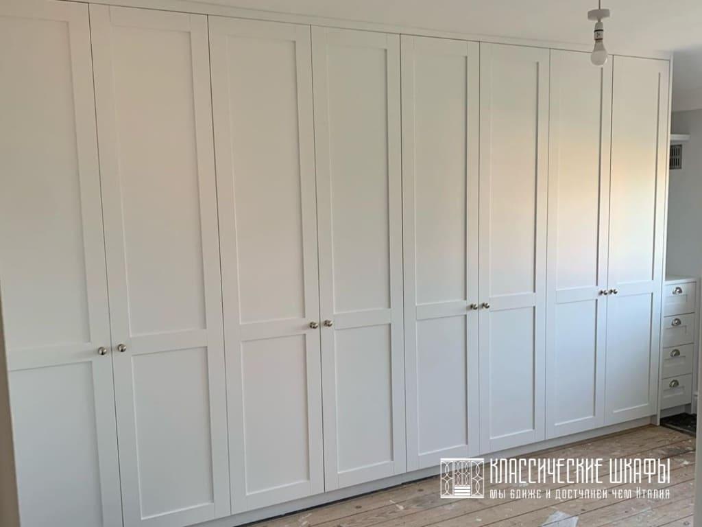 Шкаф стенка в классическом стиле на заказ