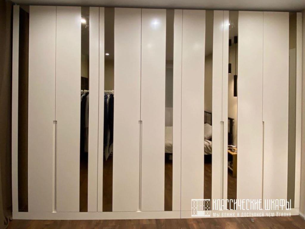 Шкаф в стиле современная классика на заказ