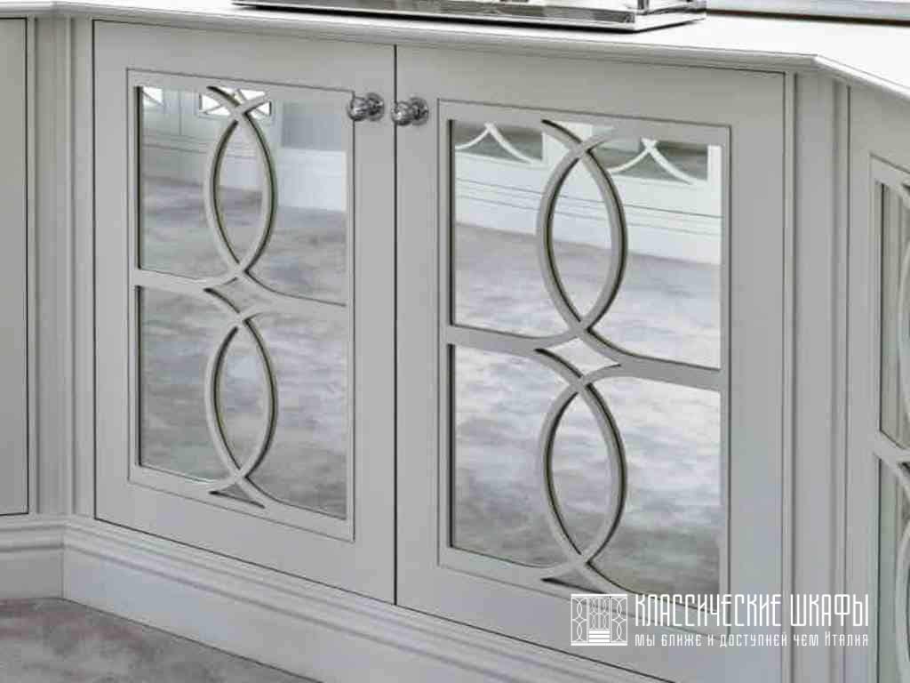 Современный классический зеркальный шкаф