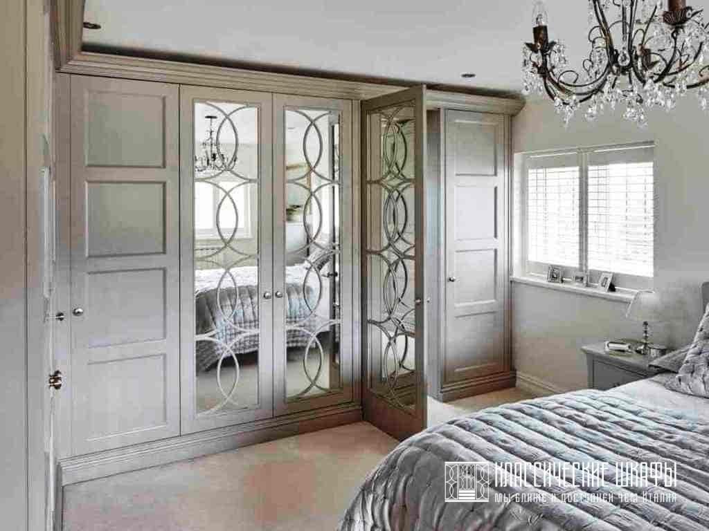 Угловой классический шкаф на заказ в спальню